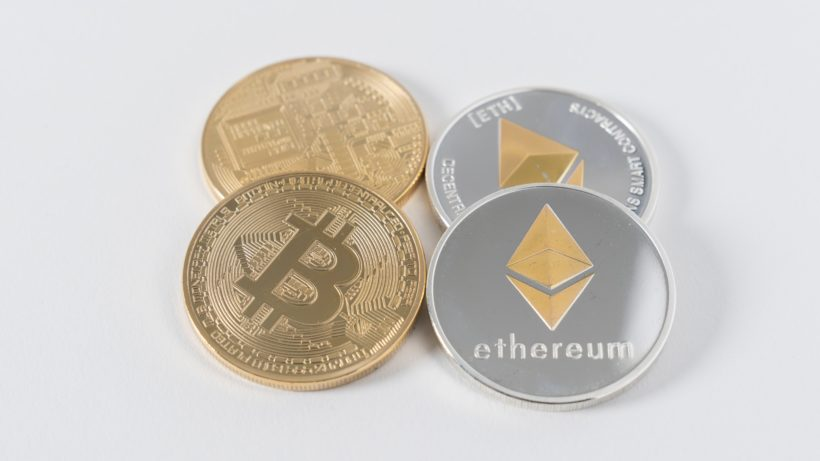 Crypto is on the rise again, Bitcoin and Ethereum setting the roles ©unsplash